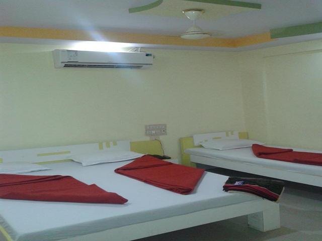 Hotel Shree Rudraksh, Somnath